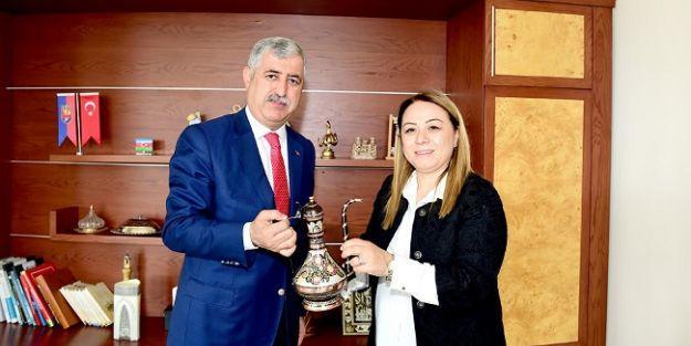 Rektör Karabulut'dan Polat'a ziyaret