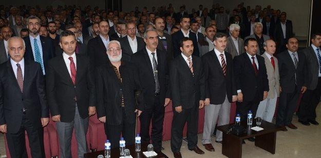 'cami Ve Gençlik' Konulu Konferans Düzenlendi