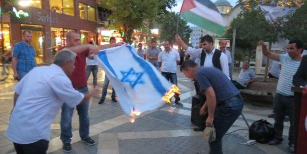 Malatya'da İsrail Bayrağı Yakıldı